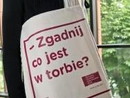 Torba - najmodniejszy dodatek sezonu! / fot. T. Korczyński